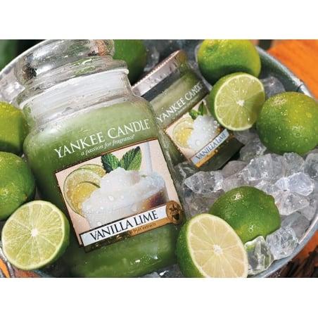Acheter Bougie Yankee Candle - Vanilla Lime / Vanille et citron vert - Moyenne jarre - 24,89€ en ligne sur La Petite Epiceri...