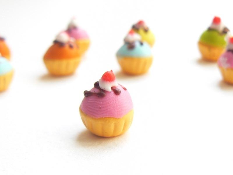 1 cupcake miniature coloré - rose  - 1