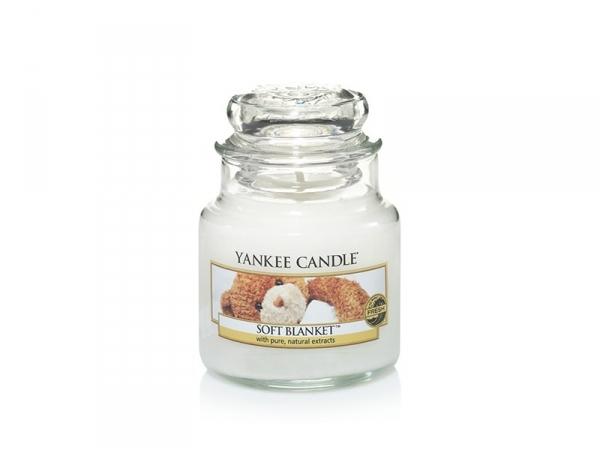 Acheter Bougie Yankee Candle - Soft Blanket / Couverture douce - Petite jarre - 11,89€ en ligne sur La Petite Epicerie - 100...