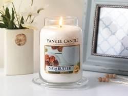 Yankee Candle - Shea Butter - Kerze im Glas (kleines Glas)