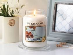 Bougie Yankee Candle - Soft Blanket / Couverture douce - Moyenne jarre
