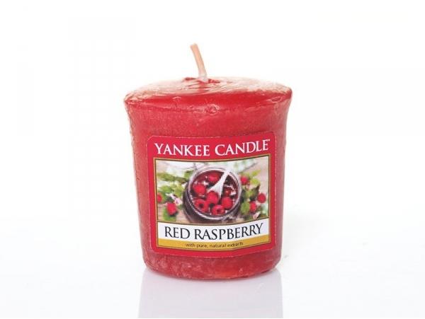Acheter Bougie Yankee Candle - Red Raspberry / Framboise rouge - Bougie votive - 2,69€ en ligne sur La Petite Epicerie - 100...
