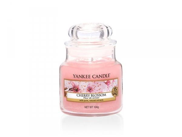 Acheter Bougie Yankee Candle - Cherry Blossom / Fleur de cerisier - Petite jarre - 11,89€ en ligne sur La Petite Epicerie - ...