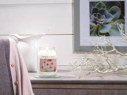Yankee Candle - Strawberry Buttercream - Kerze im Glas (kleines Glas)
