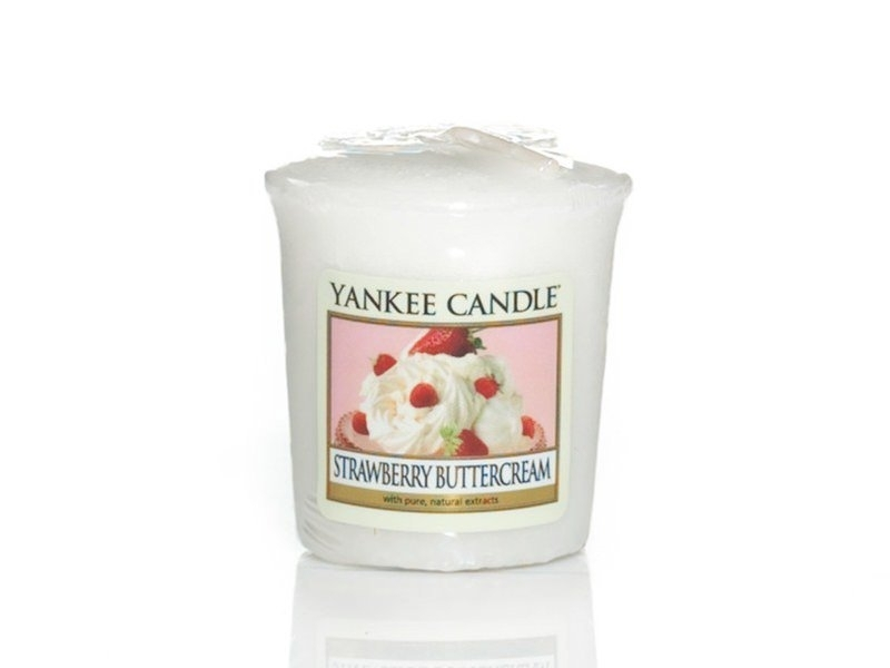 acheter bougie yankee candle strawberry buttercream. Black Bedroom Furniture Sets. Home Design Ideas