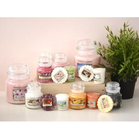 Acheter Bougie Yankee Candle - Mango Peach Salsa / Mangue et pêche - Moyenne jarre - 24,89€ en ligne sur La Petite Epicerie ...