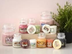 Acheter Bougie Yankee Candle - Midnight Jasmine / Jasmin de minuit - Moyenne jarre - 24,89€ en ligne sur La Petite Epicerie ...