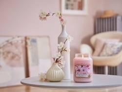 Bougie Yankee Candle - Cherry Blossom / Fleur de cerisier - Moyenne jarre