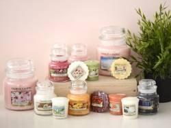 Yankee Candle - Strawberry Buttercream - medium jar