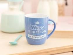 """mug """"Même si tu es loin je pense à toi"""""""