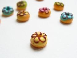 Acheter 1 donut rond miniature - jaune - 1,09€ en ligne sur La Petite Epicerie - 100% Loisirs créatifs