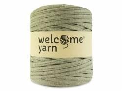 Large Trapilho yarn bobbin - olive green