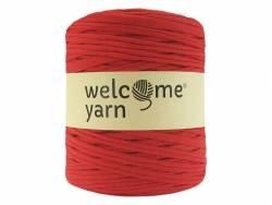 Large Trapilho yarn bobbin - tomato red