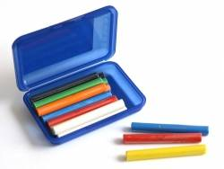 Box with 14 plasticine sticks