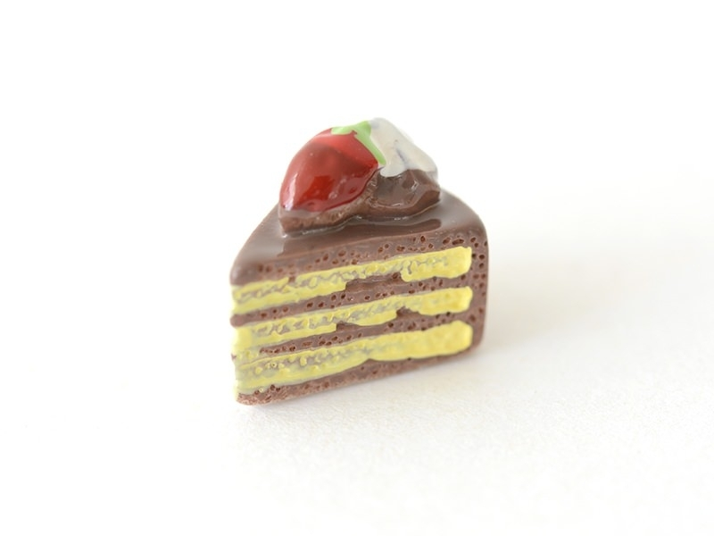 Chocolate cake cabochon