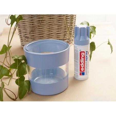 Acheter Vernis acrylique transparent en aérosol - satiné - 8,69€ en ligne sur La Petite Epicerie - Loisirs créatifs