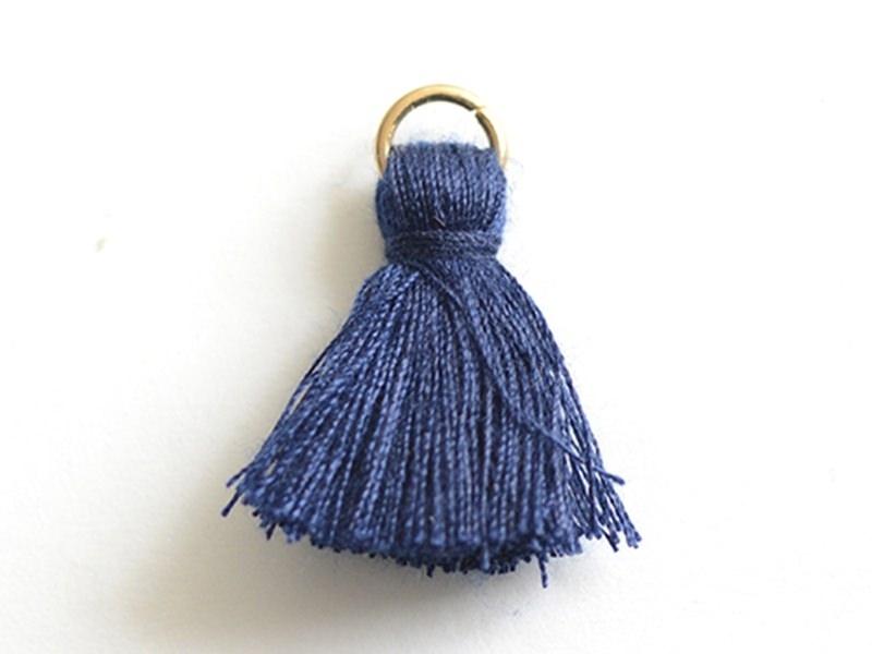 Acheter Pendentif pompon - bleu marine - 0,59€ en ligne sur La Petite Epicerie - 100% Loisirs créatifs