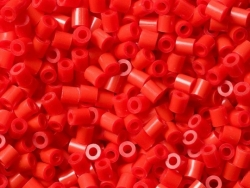 Bag of 1,000 HAMA MIDI beads - red