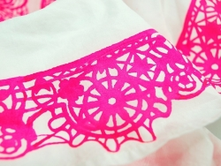 Peinture pour tissu clair - rose fluo