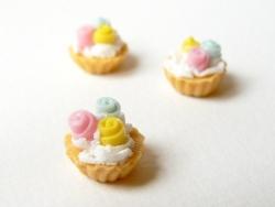 1 tarte / cupcake aux 3 roses