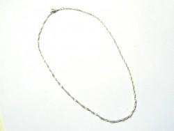 Silberfarbene, geflochtene Halskette - 43 cm