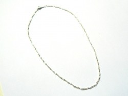 Silver-coloued braided necklace - 43 cm