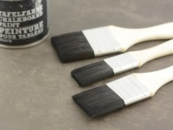 Big brush for chalkboard paint