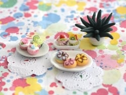 Assiette épaisse ovale miniature