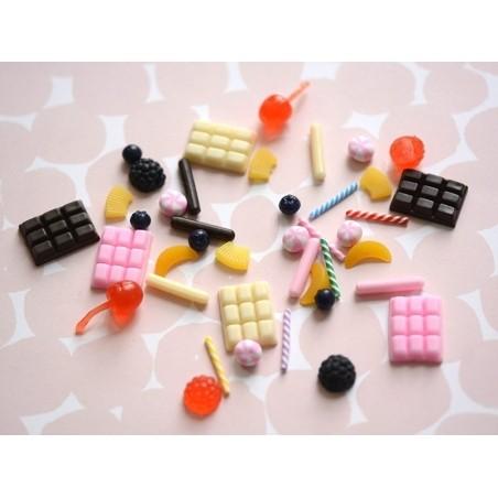 Acheter Un cabochon tablette de chocolat - 0,79€ en ligne sur La Petite Epicerie - Loisirs créatifs