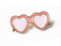 pin's lunettes en coeur