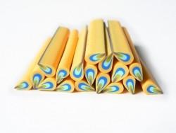 Cane pétale jaune et bleue