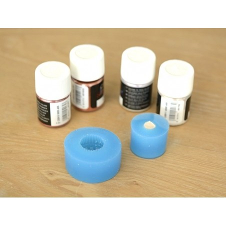 Acheter Moule en silicone - cupcake aux baies - 3,90€ en ligne sur La Petite Epicerie - 100% Loisirs créatifs