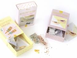 Miyuki bead weaving kit by Rose Moustache - small bow kit