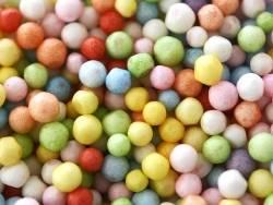 Billes de polystyrène multicolores