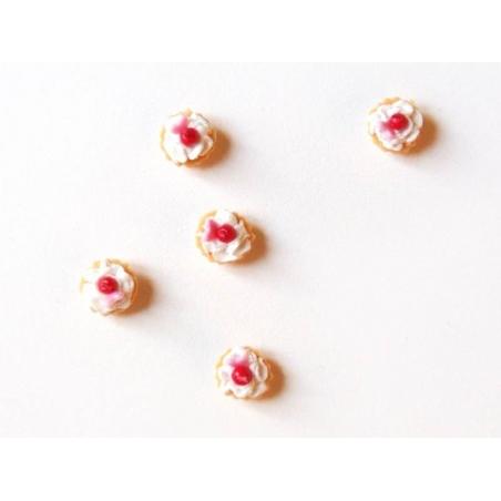1 miniature tart / cupcake - cherry