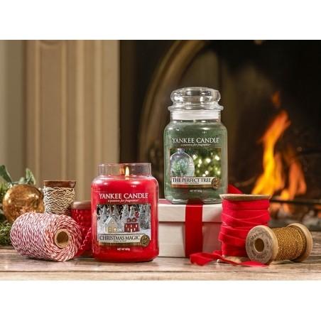 Acheter Bougie Yankee Candle - Christmas Magic / Magie de Noël - Bougie votive - 2,69€ en ligne sur La Petite Epicerie - Loi...