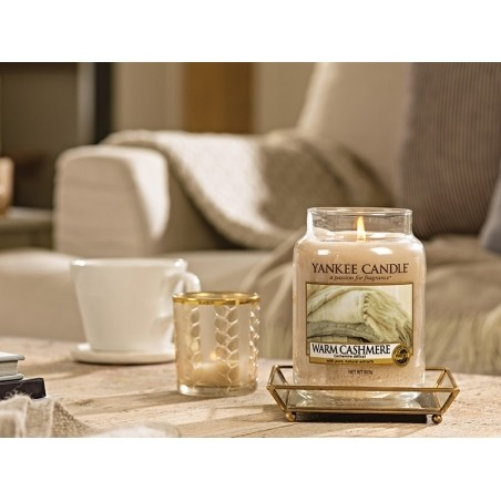 Acheter Bougie Yankee Candle - Warm cashmere / Cachemire délicat - Petite jarre - 11,89€ en ligne sur La Petite Epicerie - 1...