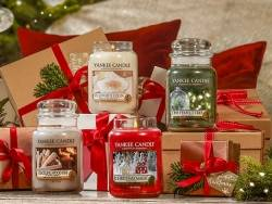 Bougie Yankee Candle - Christmas Magic / Magie de Noël - Petite jarre
