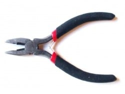 2-in-1 pliers - serrated