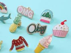 Acheter Broche pin's émaillé Okay - 4,99€ en ligne sur La Petite Epicerie - Loisirs créatifs