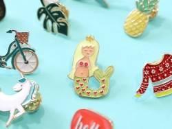 Acheter Broche pin's émaillé sirène - 4,99€ en ligne sur La Petite Epicerie - Loisirs créatifs