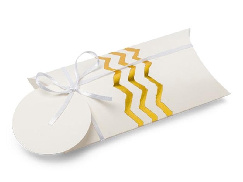Acheter 8 boîtes berlingots à chevrons dorés - 5,49€ en ligne sur La Petite Epicerie - 100% Loisirs créatifs