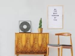 Letter board - cadre blanc avec lettres - 30x45 cm