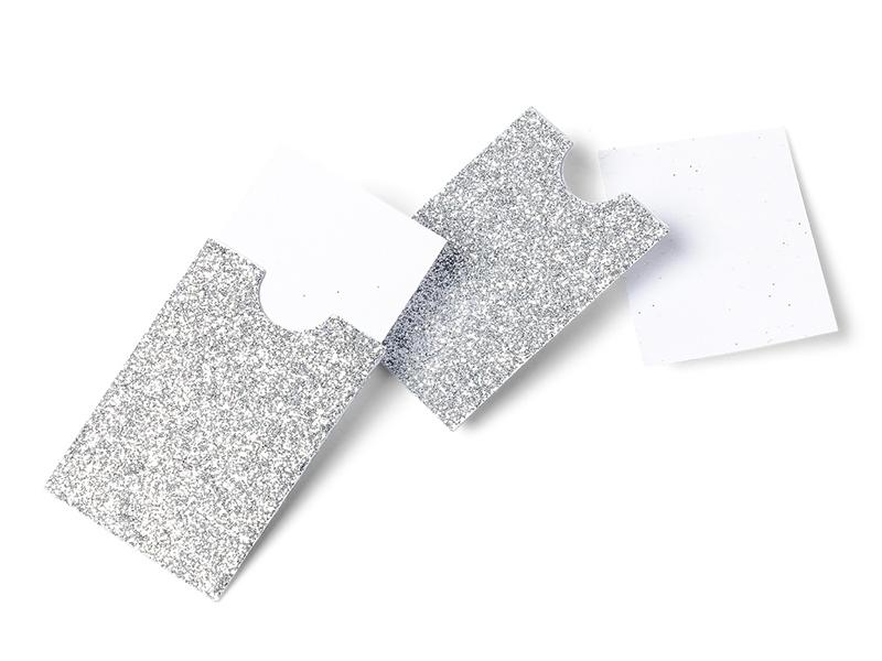 Acheter 10 mini pochettes paillettées argent - marque place / étiquettes cadeaux - 4,99€ en ligne sur La Petite Epicerie - 1...