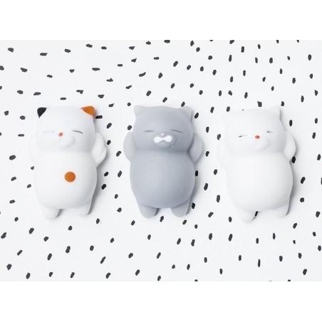 Acheter Mini squishy chat blanc kawaii - anti stress - 1,99€ en ligne sur La Petite Epicerie - Loisirs créatifs