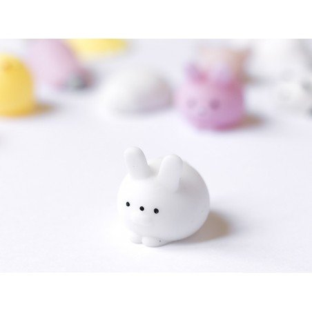 Mini squishy lapin blanc mignon -  anti stress  - 4