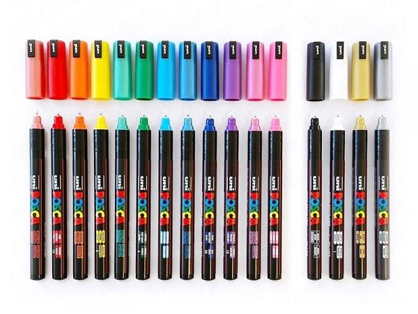 Acheter Boite de 16 marqueurs POSCA - 2,5 mm / PC5M - 64,99€ en ligne sur La Petite Epicerie - Loisirs créatifs