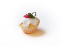 Pendentif cupcake - fraise chantilly