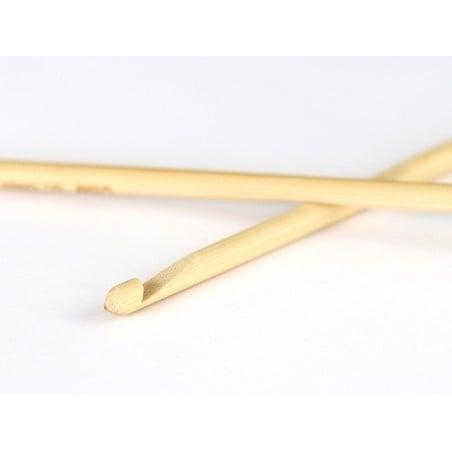 Acheter Crochet 5.00 mm - Bambou - 2,99€ en ligne sur La Petite Epicerie - Loisirs créatifs