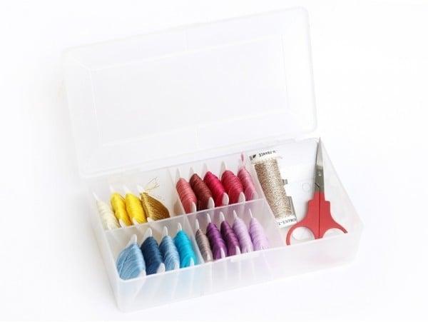 Acheter Petite boîte de rangement pour fils à broder - 5,29€ en ligne sur La Petite Epicerie - 100% Loisirs créatifs